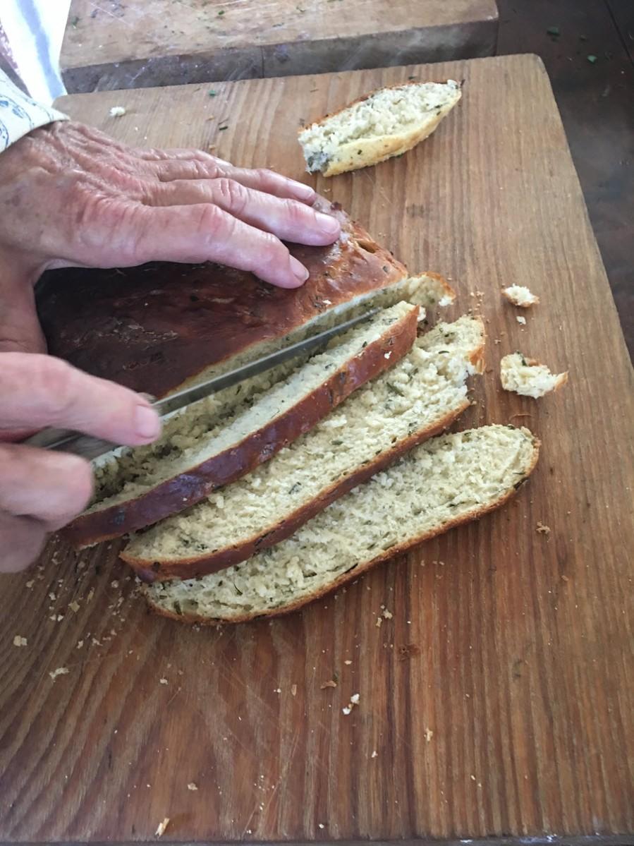 Sliced Onion Herb Bread